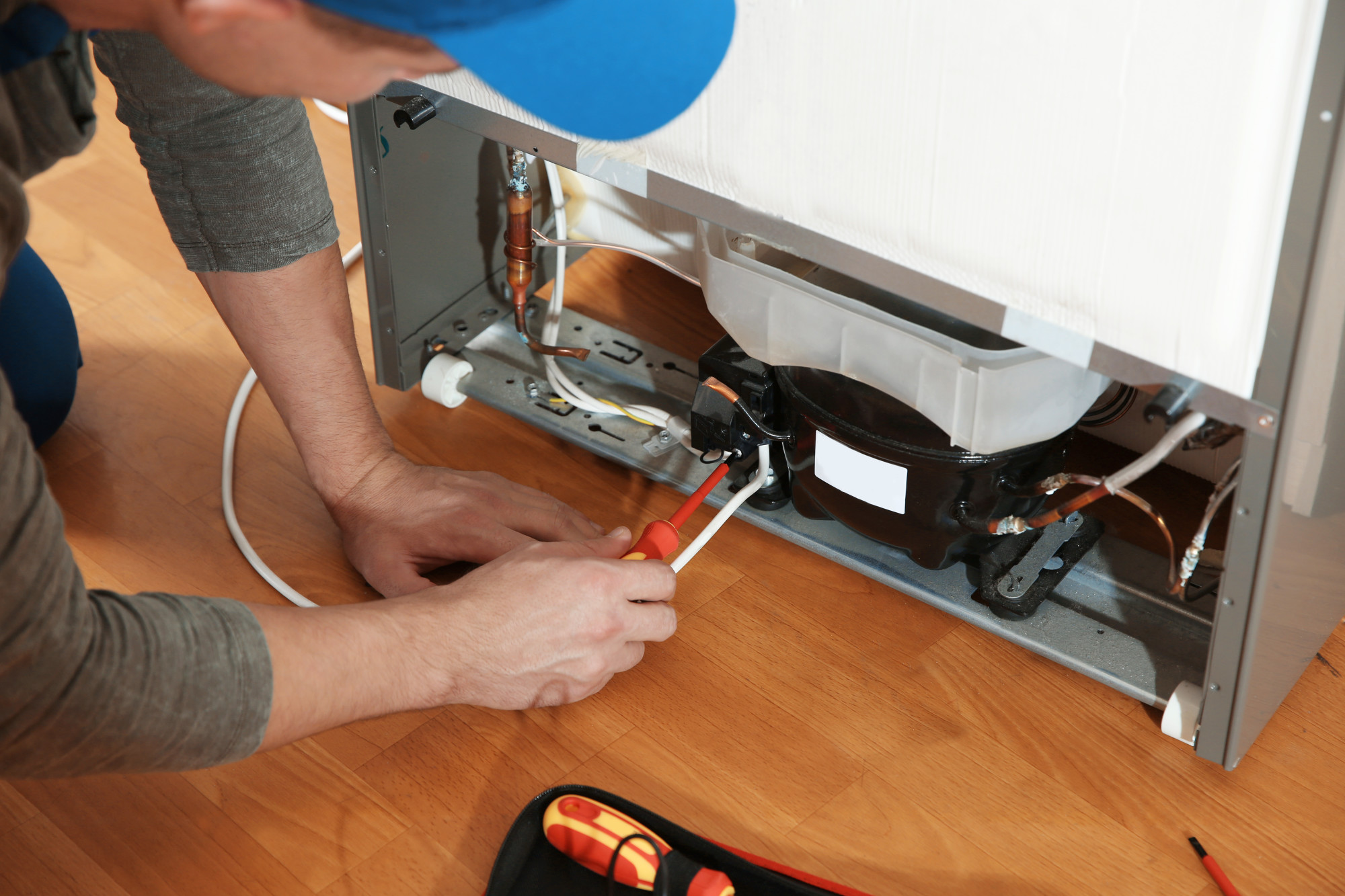 Broken Refrigerator? When to Repair, When to Replace